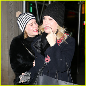 AHS' Sarah Paulson & Leslie Grossman Enjoy a Fun Girls Night!