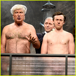 Alec Baldwin Strips Down as Trump for 'SNL' Cold Open! (Video)