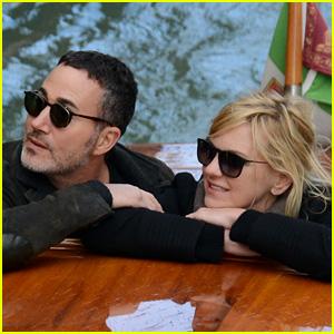 Anna Faris & Boyfriend Michael Barrett Vacation in Venice!