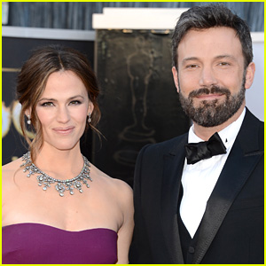 Ben Affleck Will Spend Thanksgiving with Jennifer Garner & Family