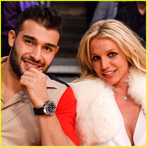 Britney Spears & Boyfriend Sam Asghari Attend Lakers vs. Warriors Basketball Game in Los Angeles!