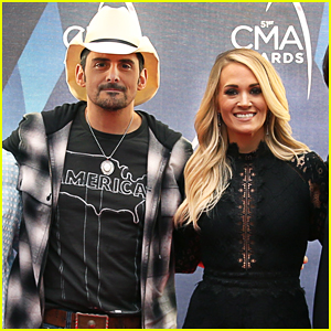 Carrie Underwood & Brad Paisley On Hosting CMA Awards 2017: 'We're In Charge of the Family Reunion'