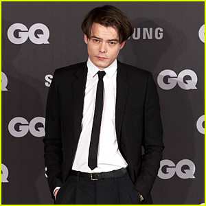 Stranger Things' Charlie Heaton Looks Dapper at GQ Men of the Year Awards 2017