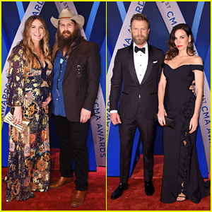 Chris Stapleton & Dierks Bentley Hit the Red Carpet at CMA Awards 2017!
