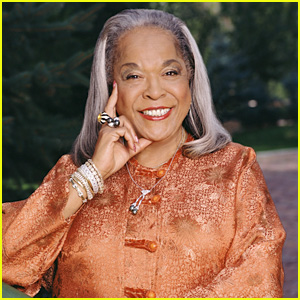 Della Reese Dead - 'Touched By an Angel' Star, Accomplished Singer Passes Away at 86
