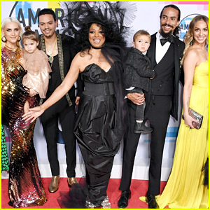 Diana Ross' Kids & Grandkids Join Her at American Music Awards 2017!