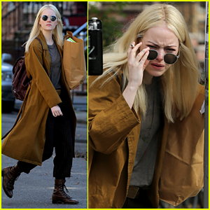 Emma Stone Gets Into Character on 'Maniac' Set in NYC