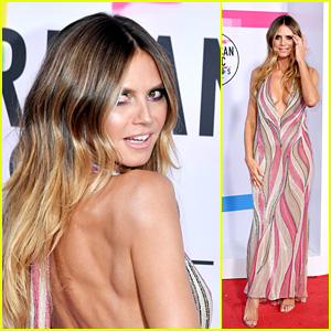 Heidi Klum Looks Radiant on the Red Carpet at American Music Awards 2017!