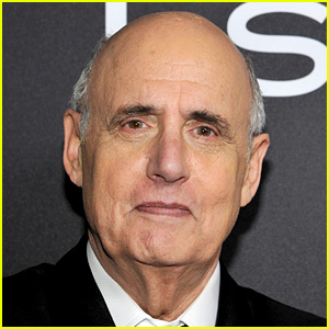 Jeffrey Tambor Exits 'Transparent' Amid Sexual Harassment Allegations (Statement)