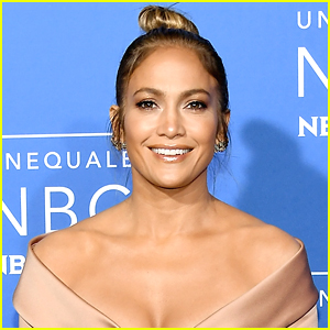 Jennifer Lopez to Star in Guess Jeans Spring 2018 Campaign