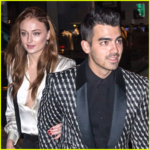 Joe Jonas & Sophie Turner Celebrate Their Engagement in NYC!