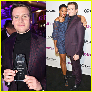 Jonathan Groff Gets Honored as Entertainer of the Year at OUT100 Gala!