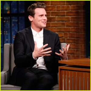 Jonathan Groff Reveals Barbra Streisand Inspired His Portrayal of King George in 'Hamilton'!