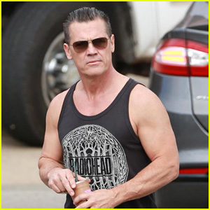 Josh Brolin Flaunts His Buff Biceps on a Smoothie Run