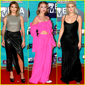 Julia Michaels, Zara Larsson, & Anne-Marie Hit MTV EMAs Carpet Ahead of Performance!