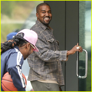 Kanye West Plays Basketball With Migos in Calabasas!