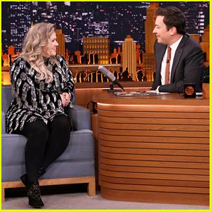Kelly Clarkson Sings 'Since U Been Gone' Backwards on 'Tonight Show' - Watch Here!