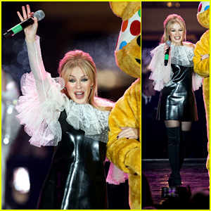 Kylie Minogue Switches on the Covent Garden Christmas Lights in London!