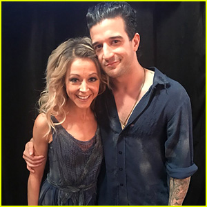 lindsey stirling recreate an iconic dance for dwts semi finals