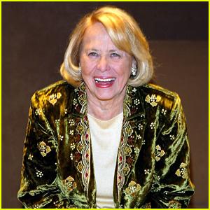 Liz Smith Dead - Famed Gossip Columnist Dies at 94