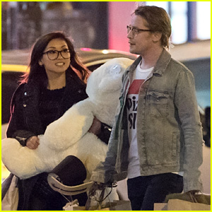 Macaulay Culkin & Brenda Song Enjoy a Romantic Date in Paris!
