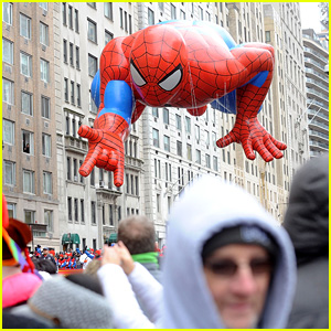 Macy's Thanksgiving Day Parade 2017 Live Stream Video - Watch Now!