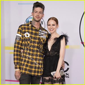 Riverdale's Madelaine Petsch Couples Up With Boyfriend Travis Mills at AMAs 2017