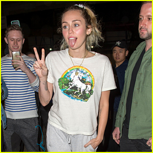 Miley Cyrus Flashes Her Tongue & A Peace Sign Ahead of 'SNL'
