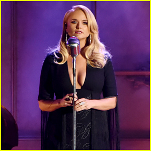 Miranda Lambert Performs 'To Learn Her' at CMA Awards 2017 - Watch!