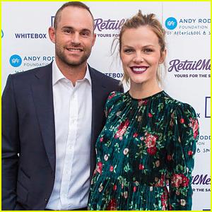Pregnant Brooklyn Decker Supports Husband Andy Roddick at His Foundation Gala