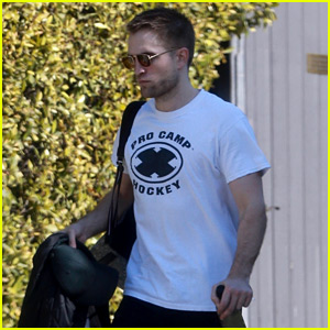 Robert Pattinson Keeps Up with His Fitness Before the Weekend
