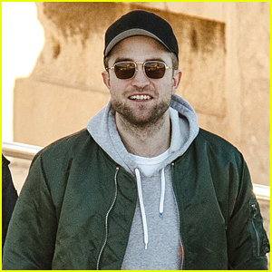 Robert Pattinson Spends the Day Sightseeing in Greece