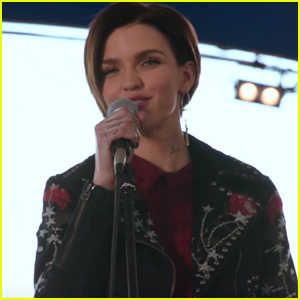 Ruby Rose Shows Off Her Singing Skills in New 'Pitch Perfect 3' Clip - Watch!