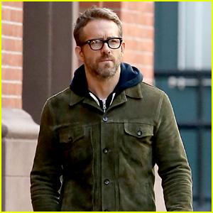 Ryan Reynolds Strolls Around NYC After His Trip to Ireland