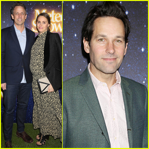 Seth Meyers' Wife Alexi Ashe Debuts Baby Bump at 'Meteor Shower' Opening Night