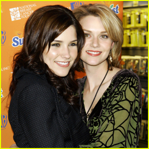 Sophia Bush & Hilarie Burton Support Sexual Harassment Claims Against 'One Tree Hill' Showrunner