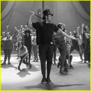 Zac Efron Shows Off His Singing & Dancing Skills in 'Greatest Showman' Rehearsal Video - Watch!