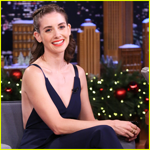 Alison Brie Gushes About Meryl Streep & 'Glow' Golden Globe Nominations on 'Tonight Show'!