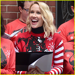 Anna Camp Spreads Holiday Cheer in New York City!