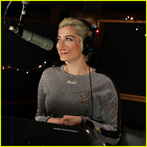 A Christmas Story Streaming.Bebe Rexha S Count On Christmas Stream Lyrics