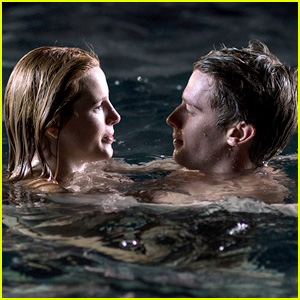 Bella Thorne & Patrick Schwarzenegger Fall in Love in 'Midnight Sun' Trailer - Watch Now!