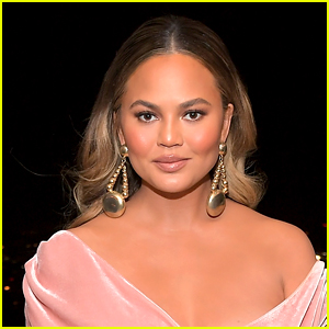Chrissy Teigen Roasts This Cooking Video, Wants It Taken Down!