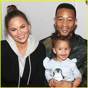 Chrissy Teigen & John Legend Take Daughter Luna to See Big Apple Circus in NYC!