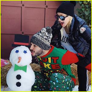 Christina Aguilera Makes a Naughty Snowman on Christmas Eve