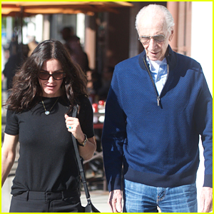 Courteney Cox Meets Up with Lisa Kudrow's Dad for Lunch!
