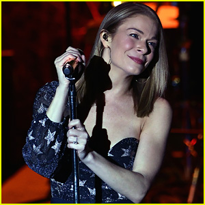 LeAnn Rimes Recreates 'Coyote Ugly' Bar Performance - See the Pic!