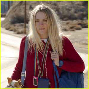 Dakota Fanning Stars in 'Please Stand By' Trailer - Watch Now!