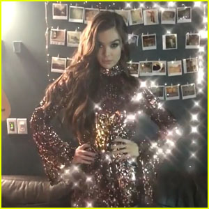Hailee Steinfeld Recreates the 'Mean Girls' Performance of 'Jingle Bell Rock' - Watch!