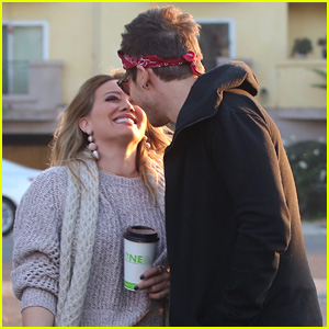 Hilary Duff & Matthew Koma Share a Sweet Kiss, Look So Happy Together!