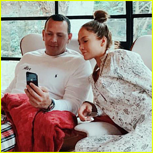 Jennifer Lopez & Alex Rodriguez Share Photos from Their First Christmas Together!